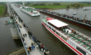 cay-cau-nuoc-magdeburg-water-bridge-magdeburg-duhocduchalo-1
