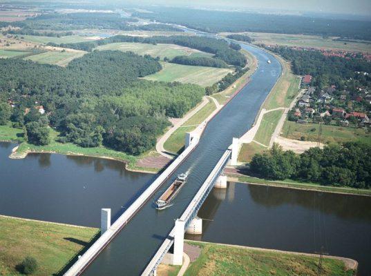cay-cau-nuoc-magdeburg-water-bridge-magdeburg-duhocduchalo