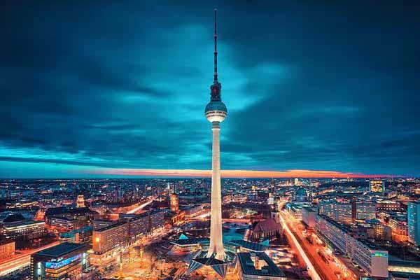 Tháp truyền hình cao nhất nước Đức