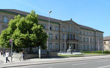 eberhards-karls-universitat-tubingen