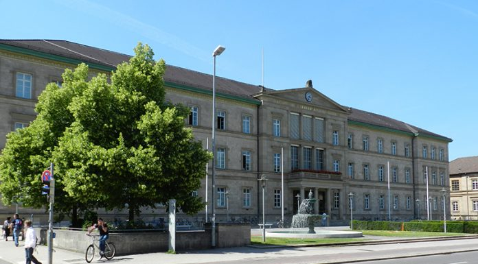 eberhards-karls-universitat-tubingen